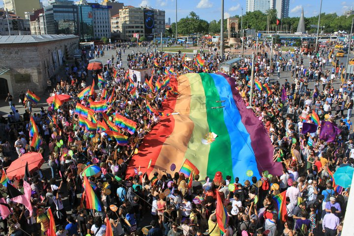 علم الحرية المثلية