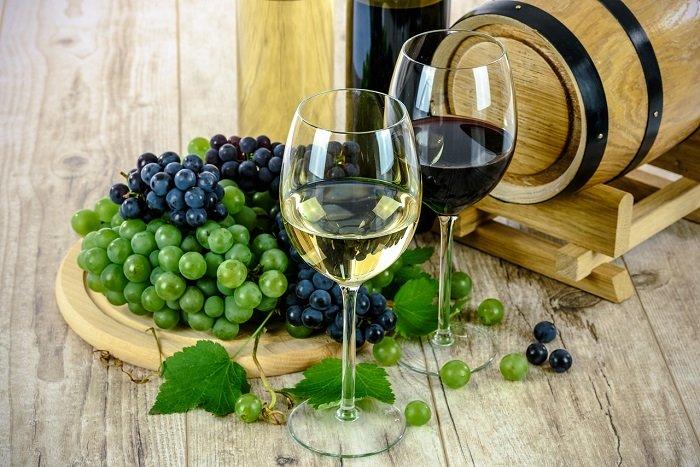 نبيذ وعنب
