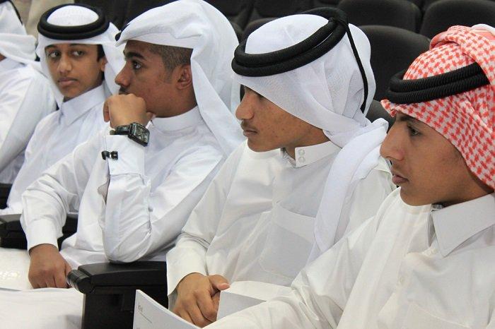 طلاب قطريون