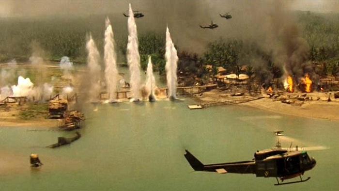 مشهد من فيلم يمثل حرب فيتنام