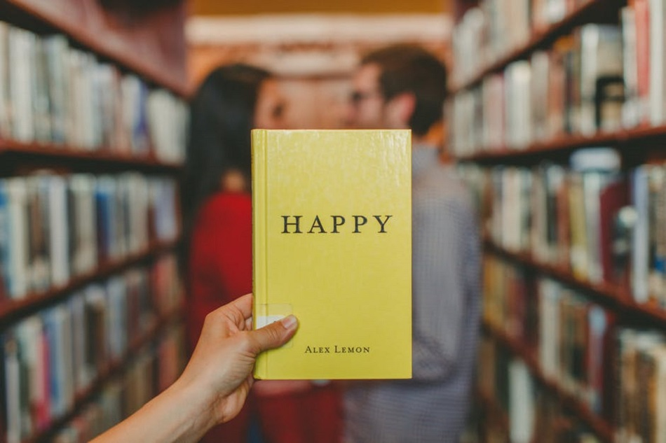 كتاب ورجل وامرأة