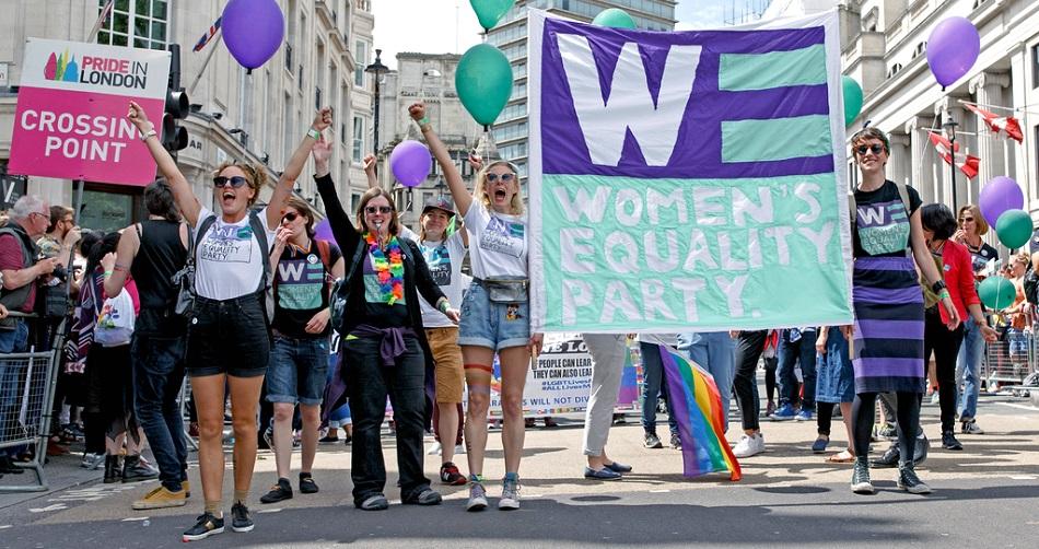مسيرة لدعم المرأة