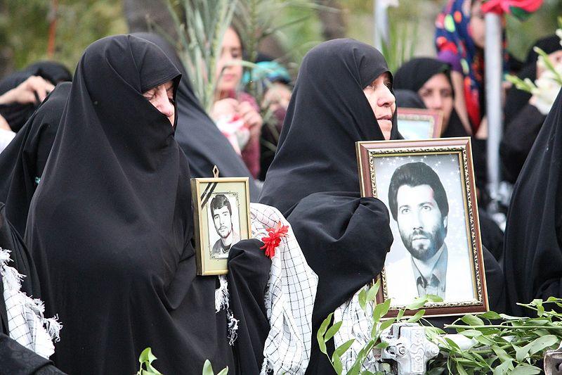 سيدات إيرانيات