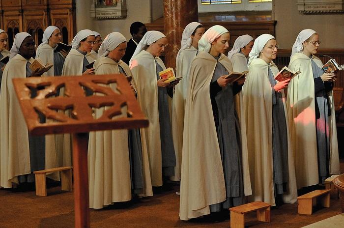 راهبات مسيحيات