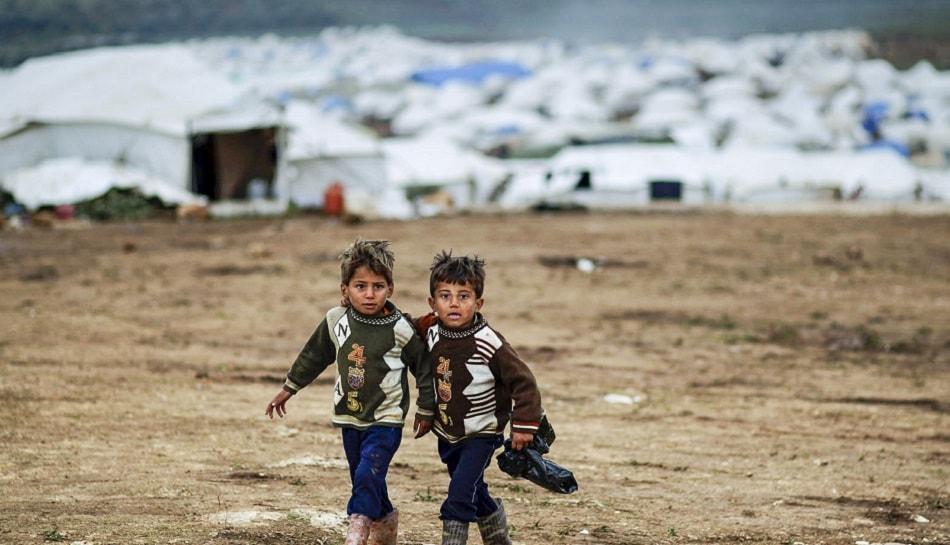 طفلان لاجئان من سوريا