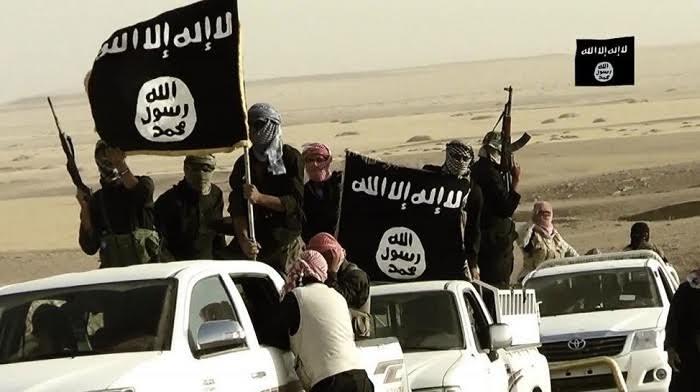 مسلحون ينتمون إلى داعش