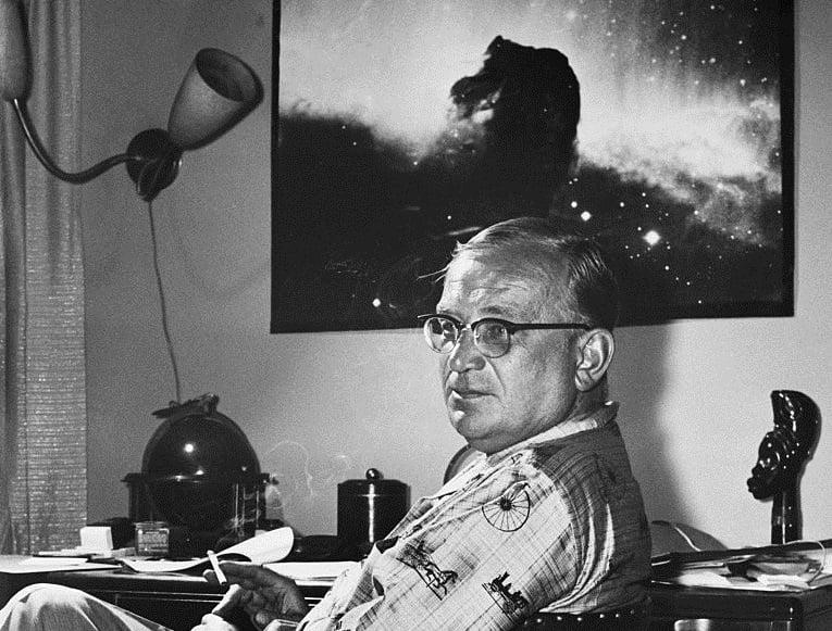 عالم الفيزياء الفلكية جورج جاموف