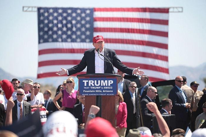 ترامب ومؤيدوه