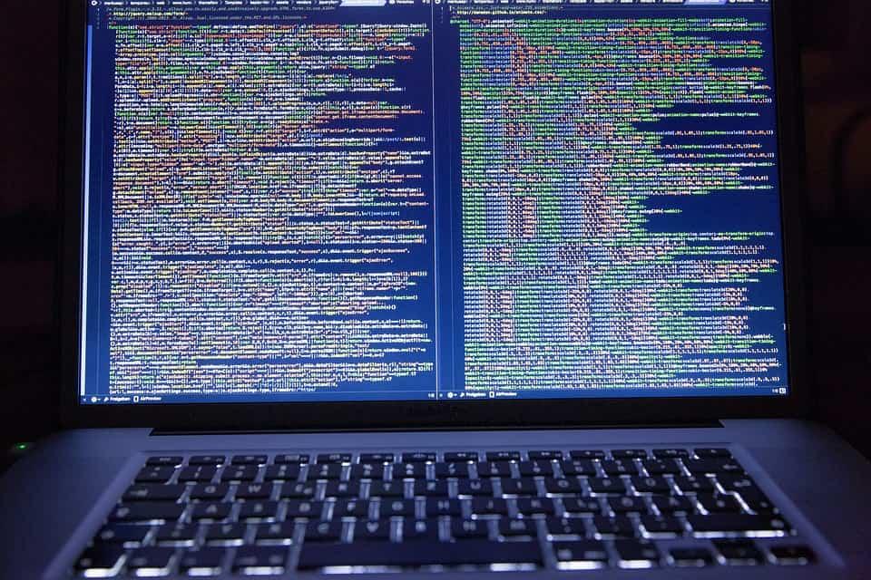 قرصنة البيانات عبر الإنترنت