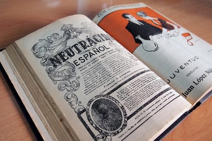 كتاب إسباني