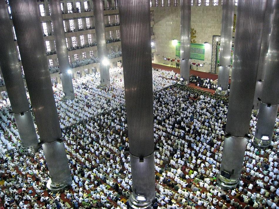 صلاة عيد الفطر في 2011 إندونيسيا