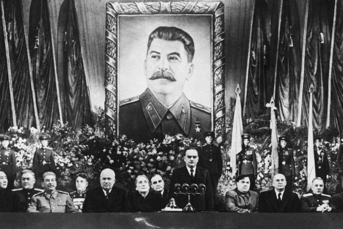 جوزيف ستالين: ذات مرة كان الشيوعيون في السلطة